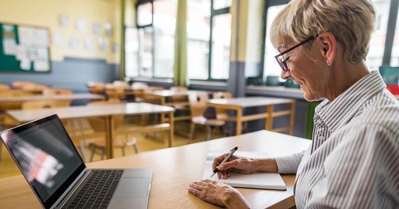 Teacher-private-school-pension-feat